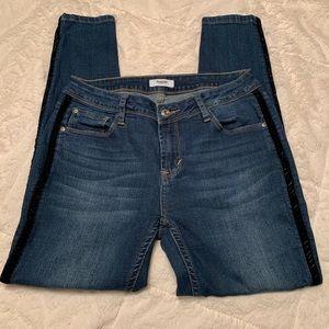 Kensi Skinny Velvet trim Jean